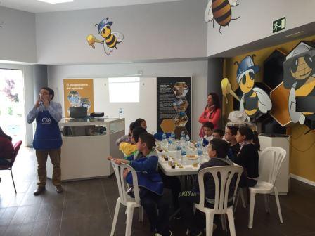 Cata con niños en OleoMiel 2016
