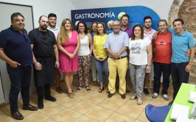 """CUARTA SESIÓN DEL CLUB DE CATA """"OLIVAR&ACEITE"""" DEDICADA A LOS ACEITES DE LINEAL"""