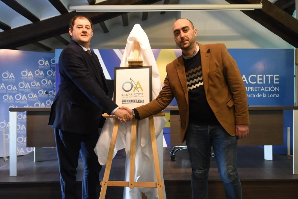 Pieralisi patrocinador del Centro de Interpretación Olivar y Aceite