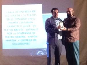 Entrega premio de Guillermo
