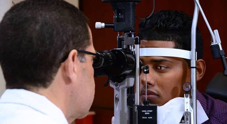 Aprendamos todo sobre retina y vítreo