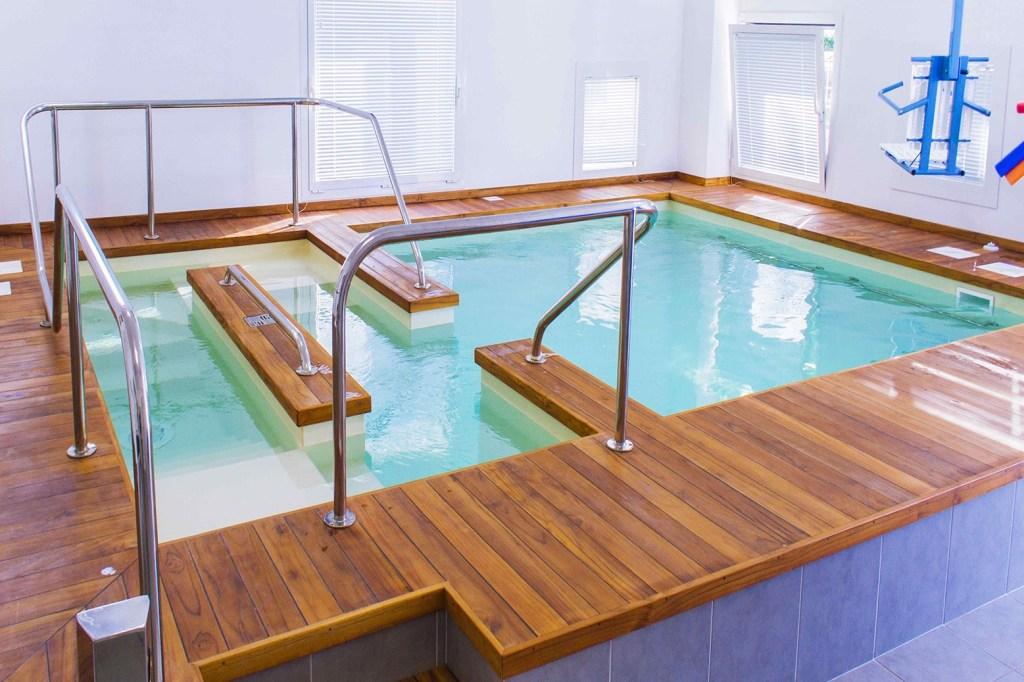 naiadi_comp_piscina