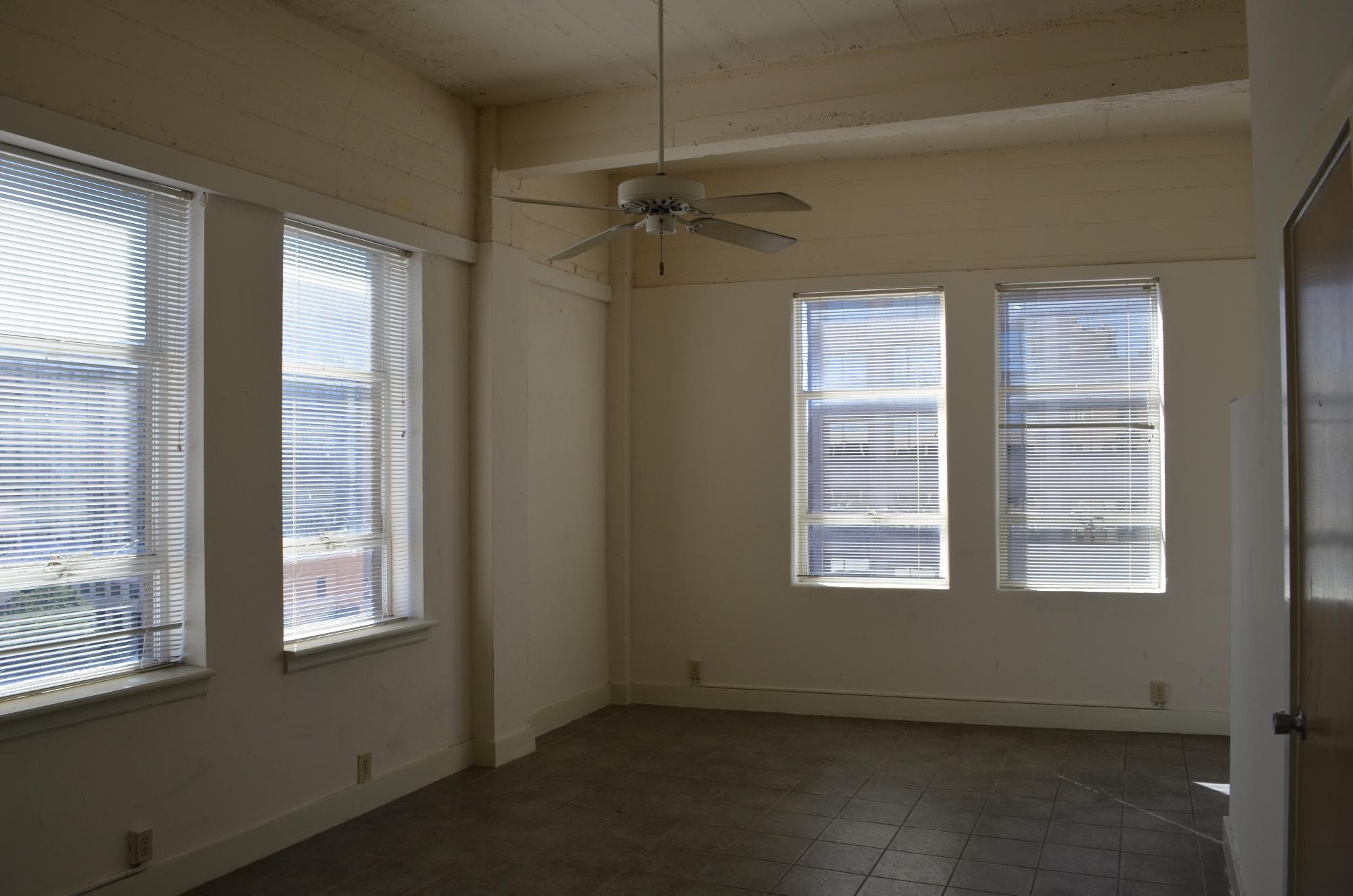 Centro Properties Exchange Building 901
