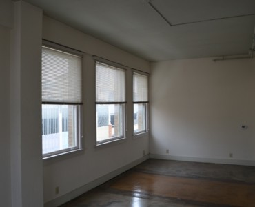 Centro Properties Exchange Building 604