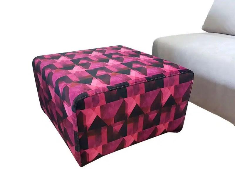 Sofa-modulos-pouff-estampado-detalle-pouff