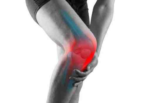ból kolana przy chodzeniu