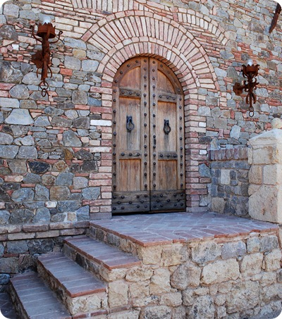 castle rear entrance