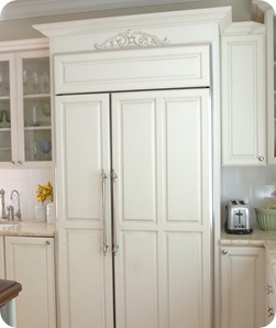 cg refrigerator in kitchen