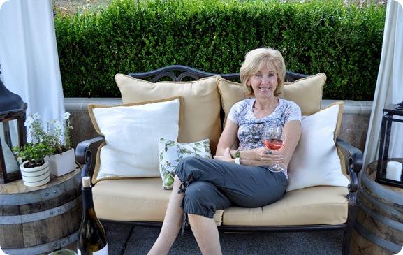 rhoda chillin in cgs yard