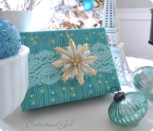 teal blue lace present cg