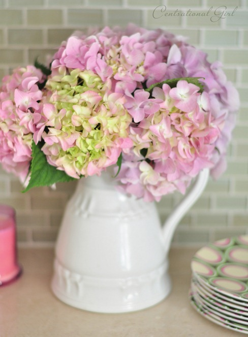 vase of pink hydrangeas cg