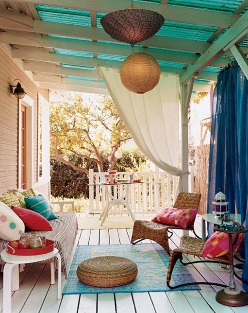 domino mag porch