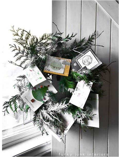 christmas card wreath funkyjunkinteriors