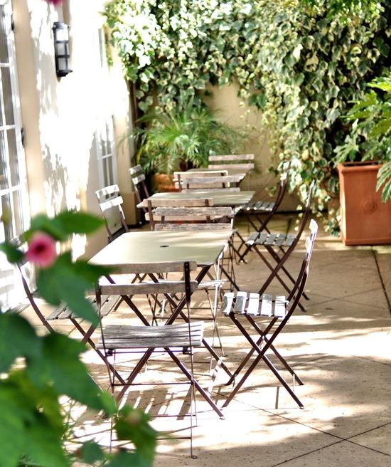 chateau st jean courtyard