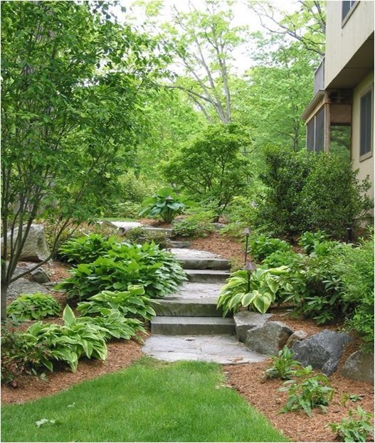 attractive hardscape and landscaping