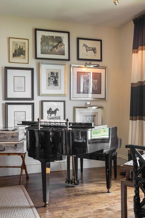wall gallery baby grand