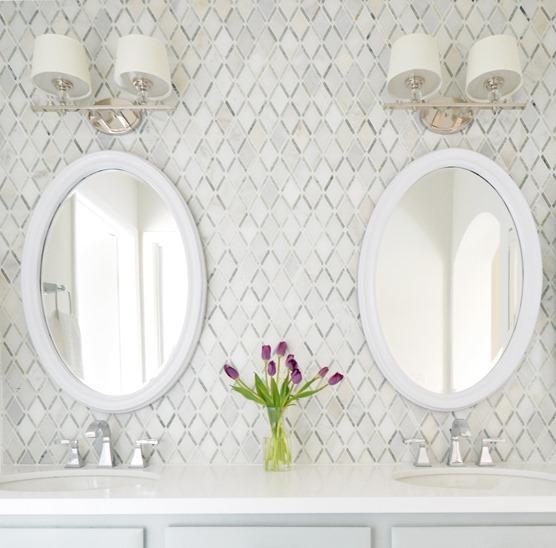 Elegant diamond pattern master bathroom backsplash