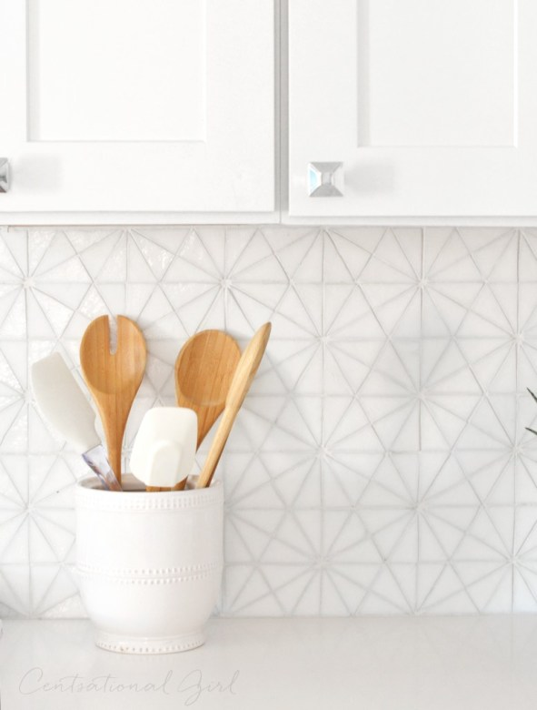 hexagon irridescent glass tile backsplash