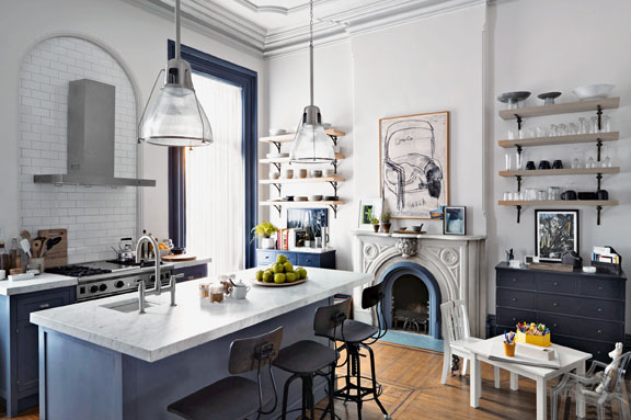 nancy meyers kitchen the intern