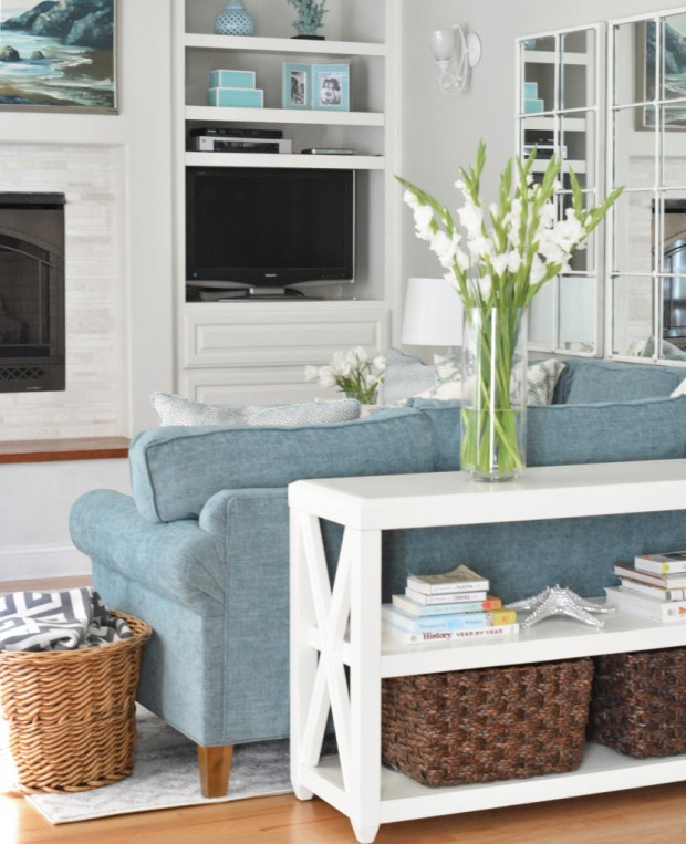 sectional with console table