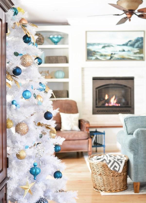 kate family room christmas