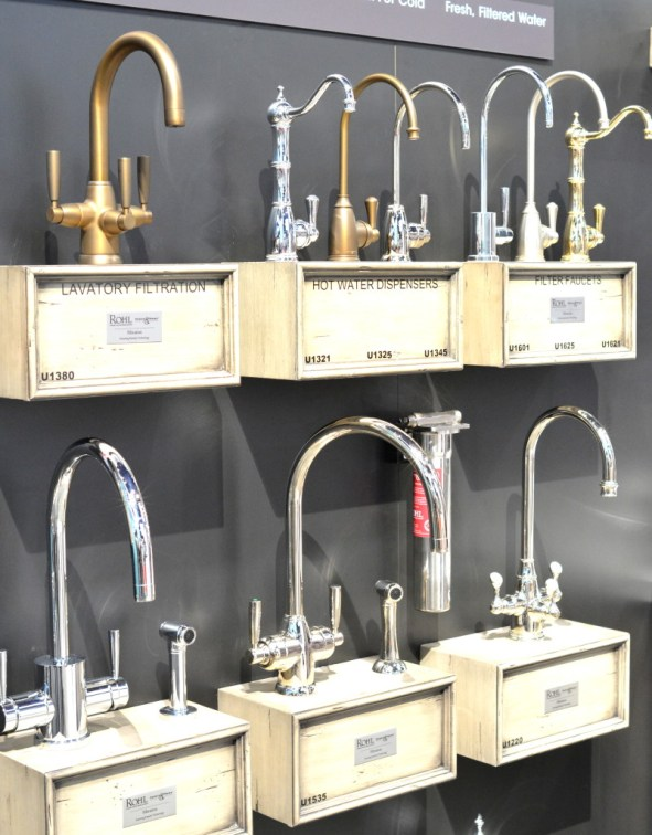 brass chrome faucets