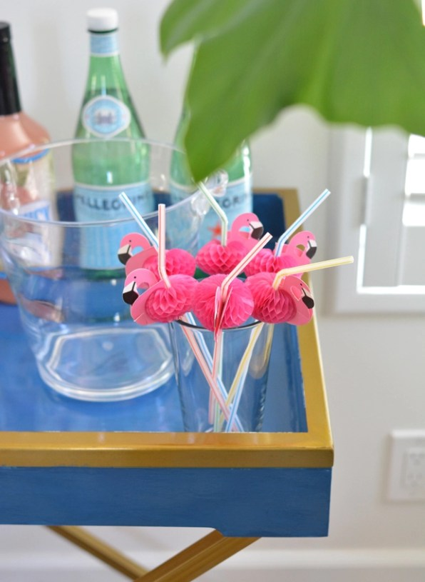 flamingo straws in glass