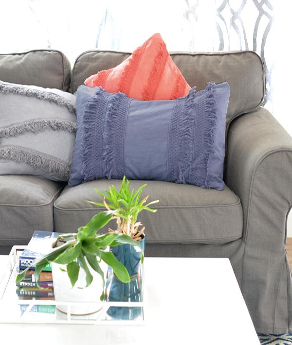 diy-dyed-cloth-fringe-pillows