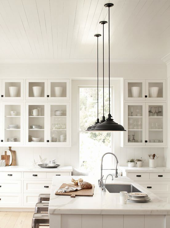 black-kitchen-pendant-lights