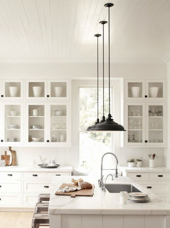 black-kitchen-pendant-lights