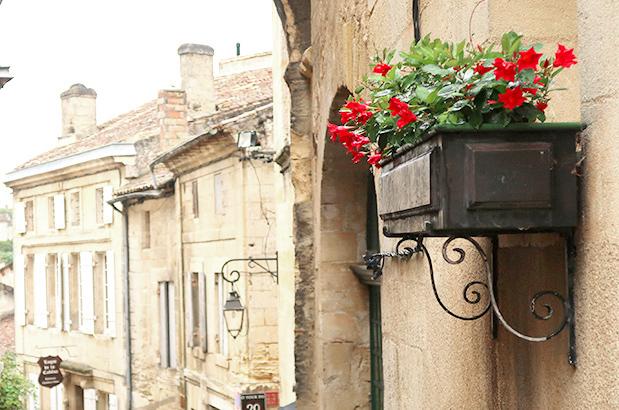 st emilion flower box