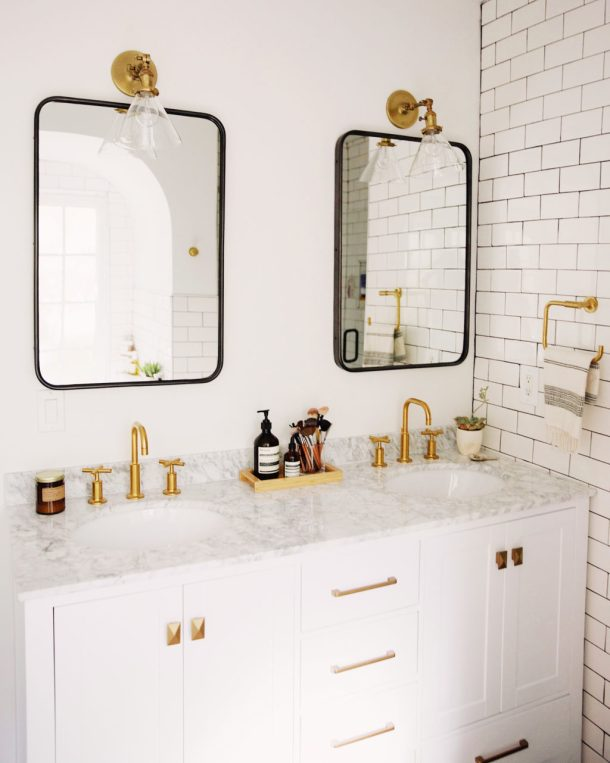 . Mixing Metal Finishes in the Bathroom   Centsational Style