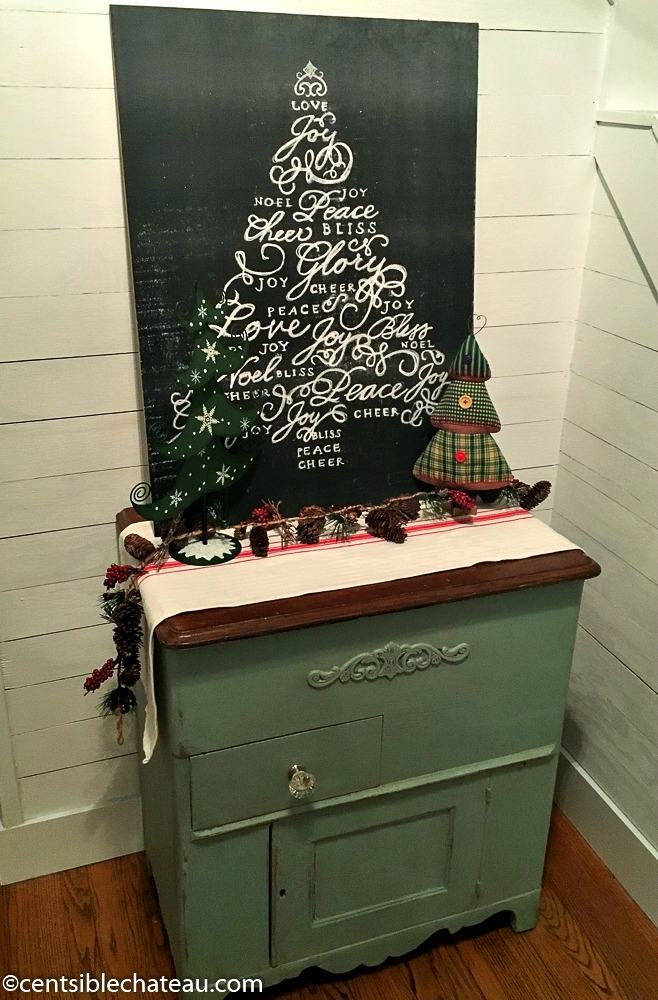 Free Printable Christmas Tree 8x10 or Poster Size