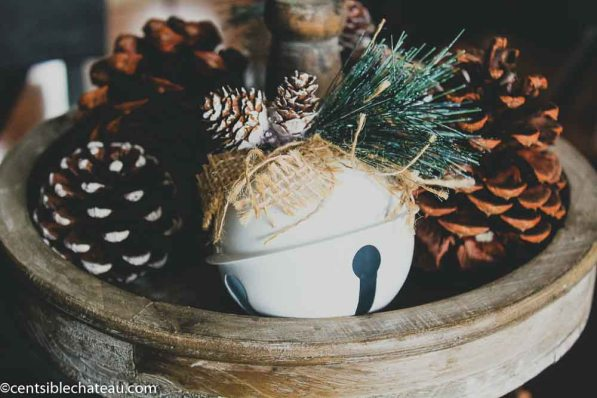 Farmhouse Christmas Decor on a Budget