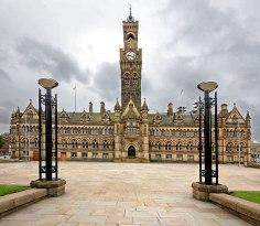0_my_photographs_bradford_bradford_city_hall_2013_131411