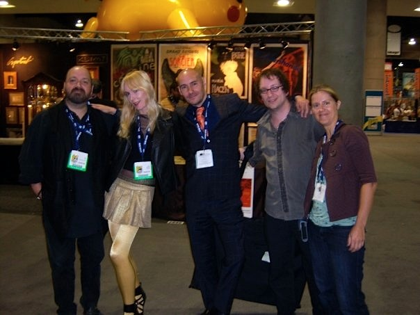 Dave McKean, Kristan and Grant Morrison, Thomas Negovan, and Gail Potocki after San Diego Comic Con 2008