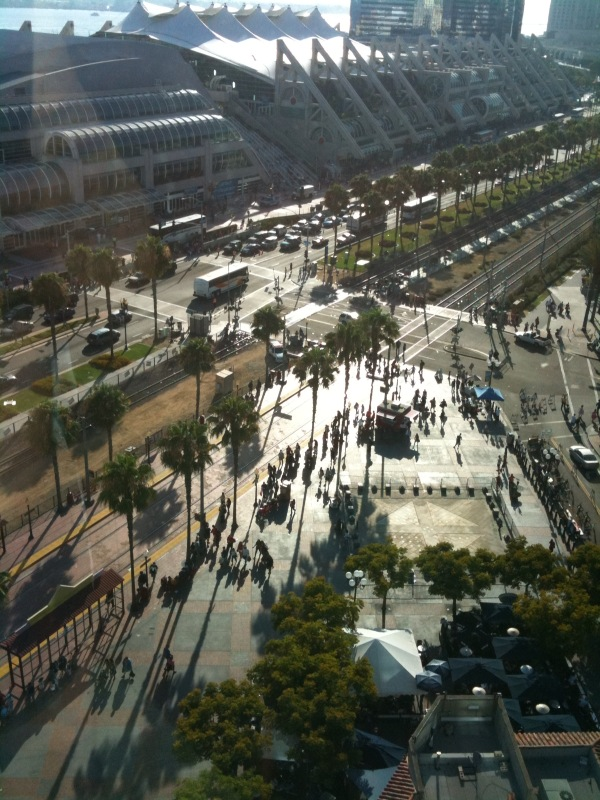 Crowds begin to form at the San Diego Convention Center (photo taken by Dave from his hotel window)