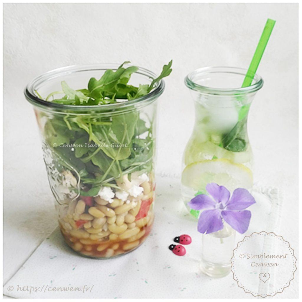 Salade composée : flageolets, poivron rouge, roquette et feta, recette facile, rapide et économique de salade composée. A emporter ou pas :)