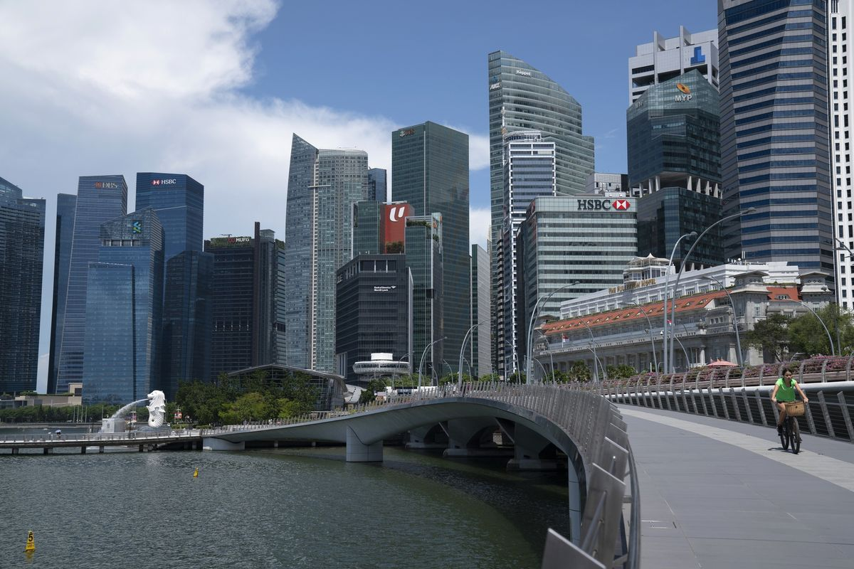 Singapore Job Offers Canceled Amid Recession, Recruiters Say
