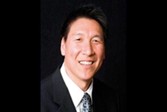 doctor-Stephen-Chu-curso-estetica-dental-nyu
