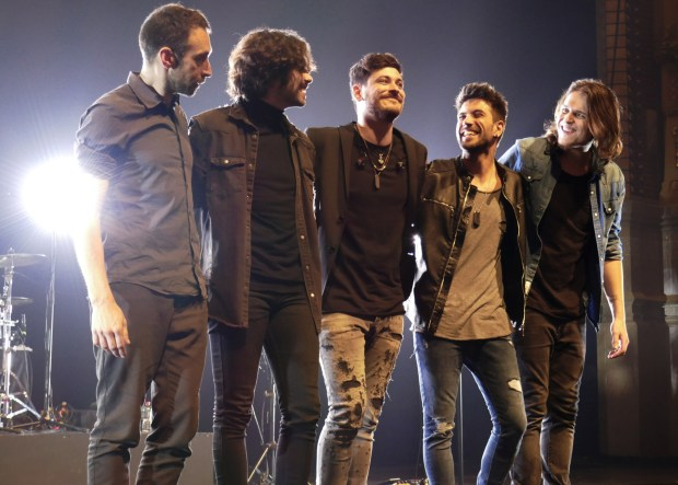 Ramón Aragall, Iván Herzog, Luis Cepeda, Diego Cartón y Rubén Alcázar al finalizar el concierto