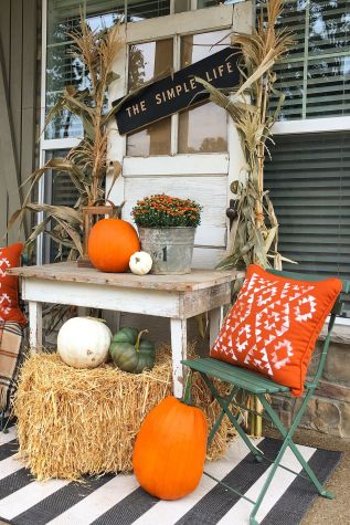 50 Fall Porch Decorating Ideas Outdoor Fall Decor pertaining to 10+ Imaginative Fall Porch Decorating Ideas To Make Yours Unforgettable