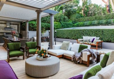50 Outdoor Living Room Design Ideas for [keyword