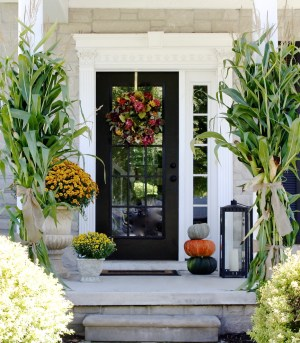 85 Pretty Autumn Porch Dcor Ideas Digsdigs inside [keyword