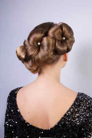 In Bloom 10 Flower Hairstyles Were Gushing Over Now intended for 23+ Outstanding Flower Hairstyles