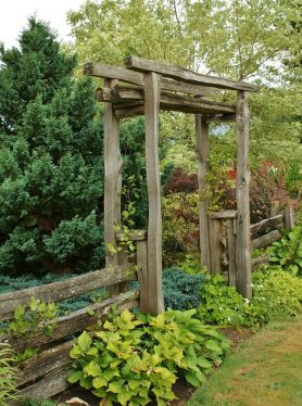 Inspiring Rustic Garden Gates Design 14 Hoommy regarding 26+ Best Wonderful Rustic Garden Decorations And Ideas