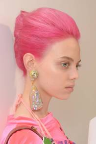 Pink Hair Trend Springsummer 2019 British Vogue inside ucwords]
