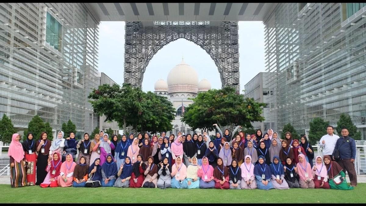 19 Islamic Boarding SchoolTerbaik di Indonesia