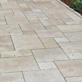 CLASSIC TUMBLED TRAVERTINE- NATURAL BLEND