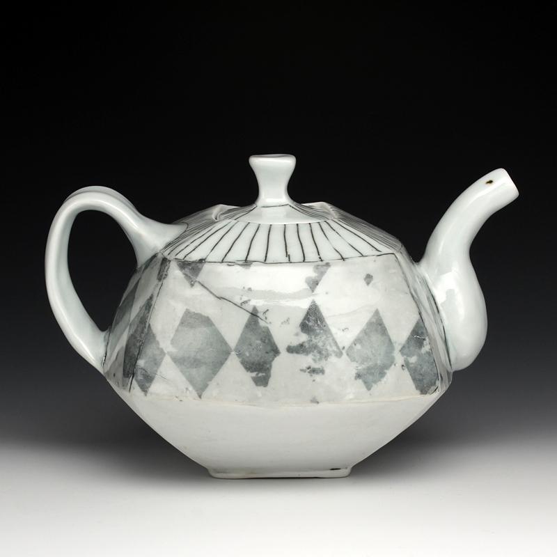 Megan Mitchell - Ceramic Artists Now